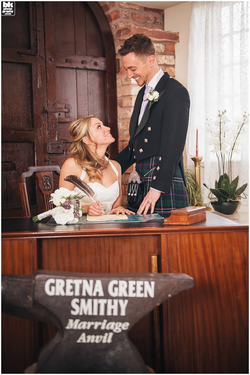 Gretna-Green-Wedding-Photographers-017